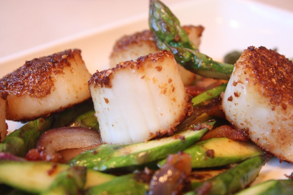 Candy Cap dusted Scallops, served simply with a little sautéed asparagus.